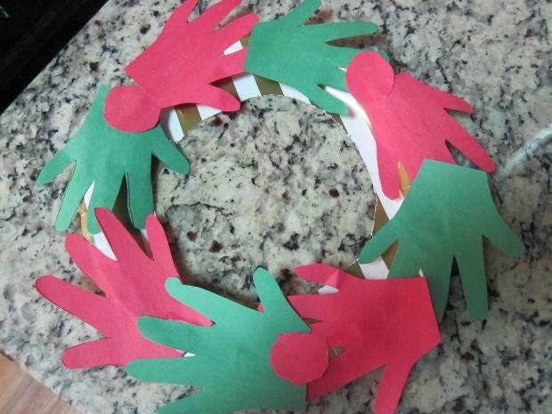 handprint-wreath-5