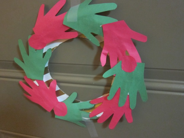 handprint-wreath-6