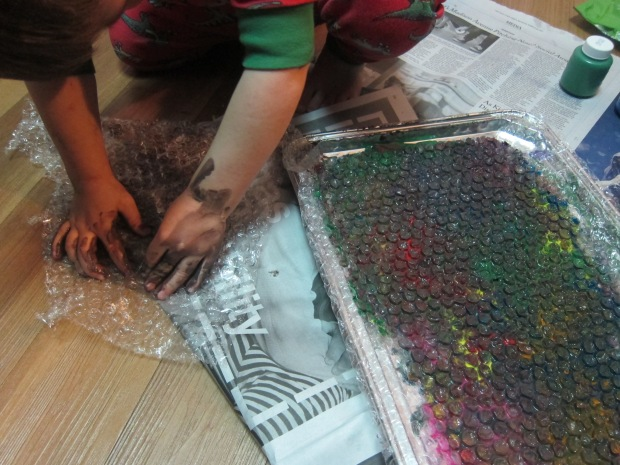 Bubble Wrap Paint (7)