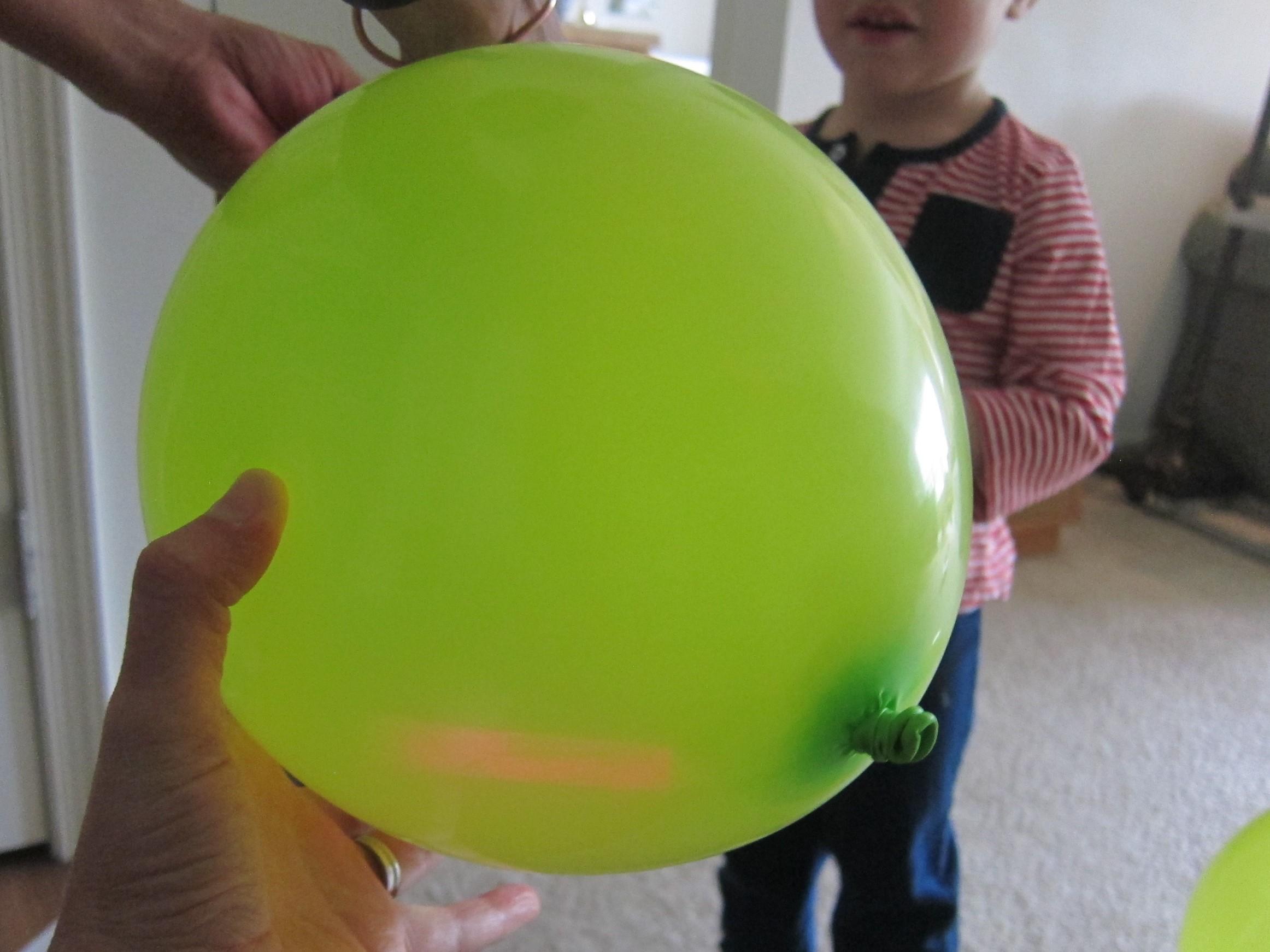 Glow Stick Balloon (2)