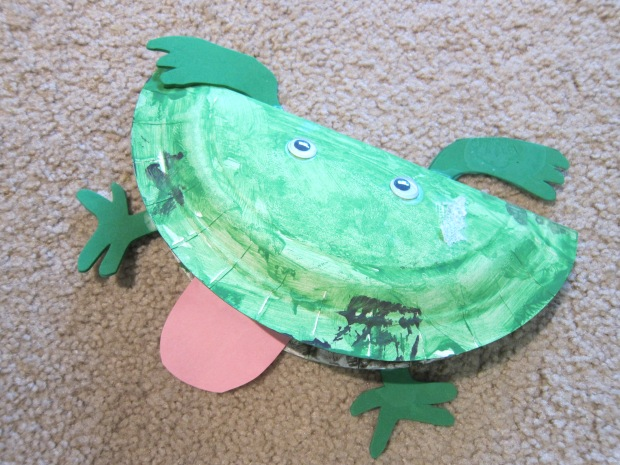 Paper Plate Frog (9)