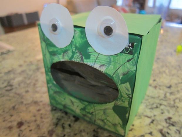 Feed Frog (3)
