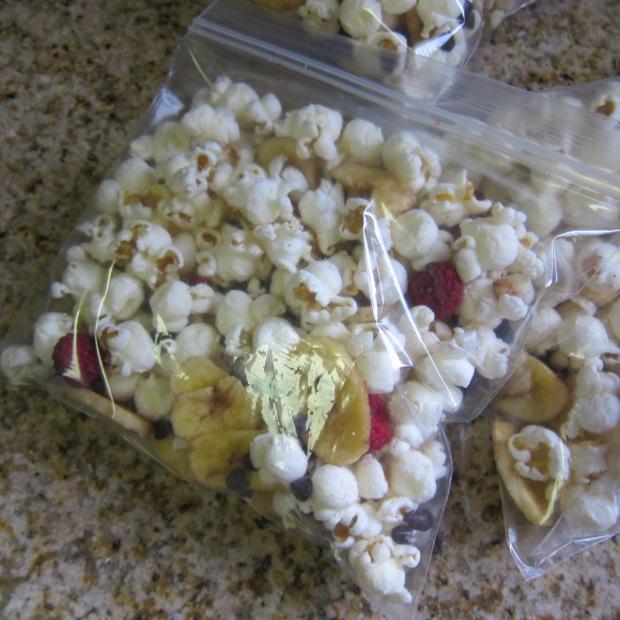 Banana-Split Popcorn.JPG