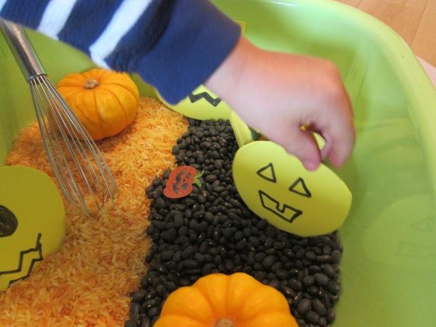Halloween Sensory (4)