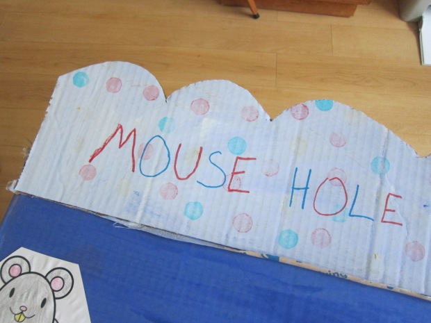 Mouse Hole (7)
