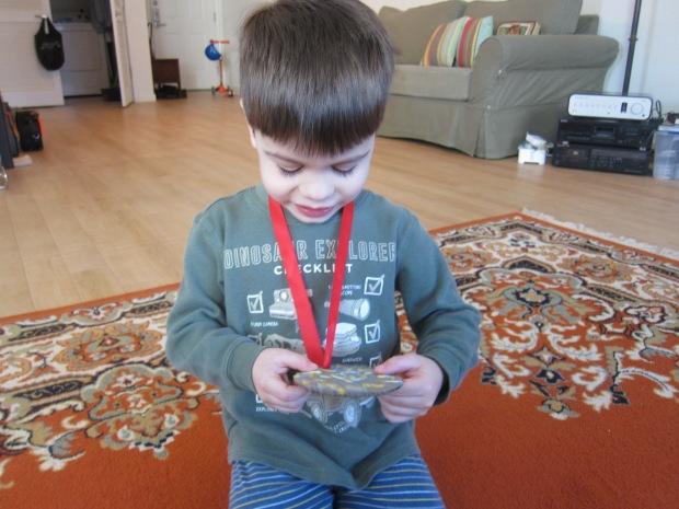Giant Medal (9)