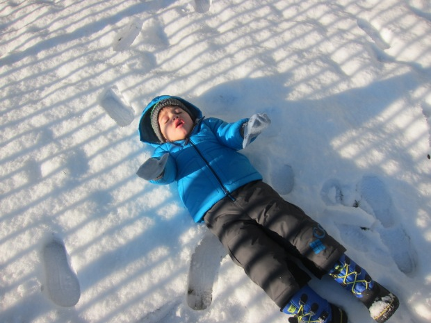 Snow Play (2)