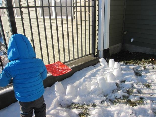 Snow Play (3)