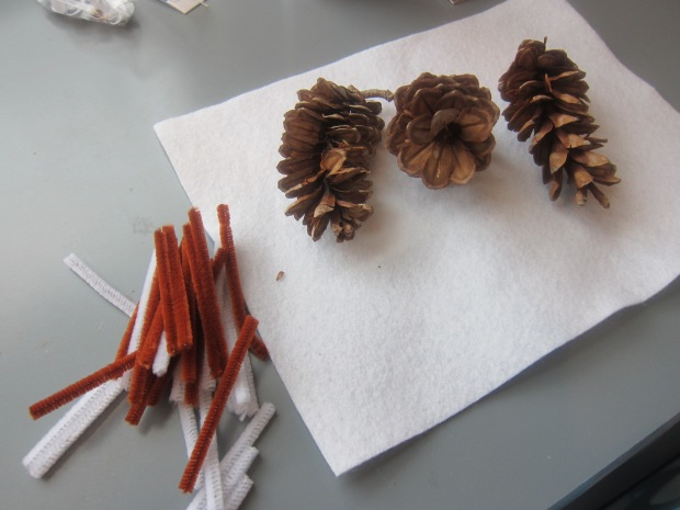 Pinecone Hedgehog (1)
