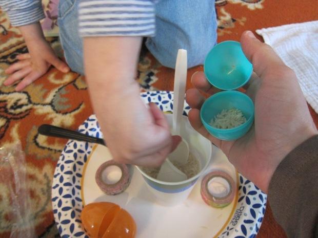 Egg Maracas (1)