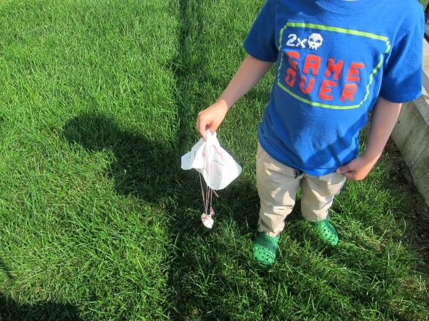 Paper Parachutes (5)