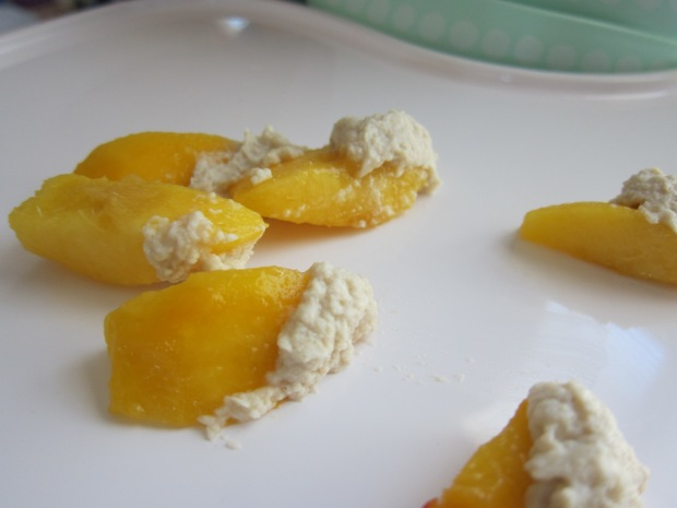 Peaches with Oatmeal