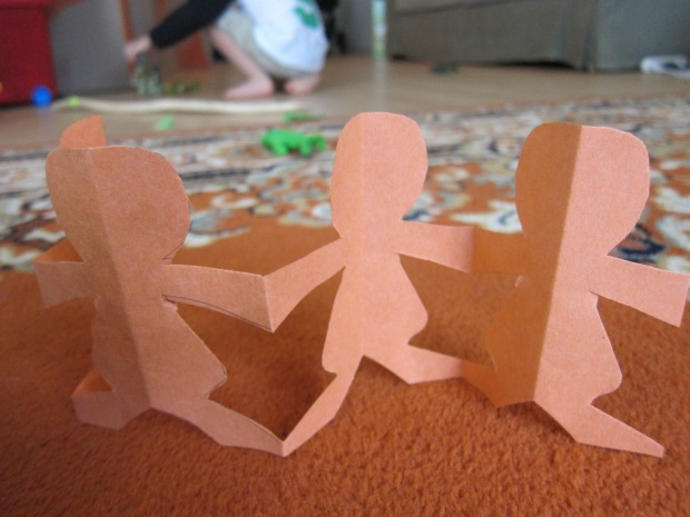 Paper Doll Chain (6)