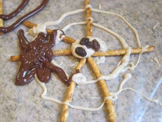 Spider Web Snack (7).JPG