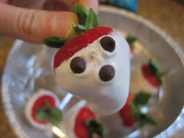Strawberry Ghost (3)