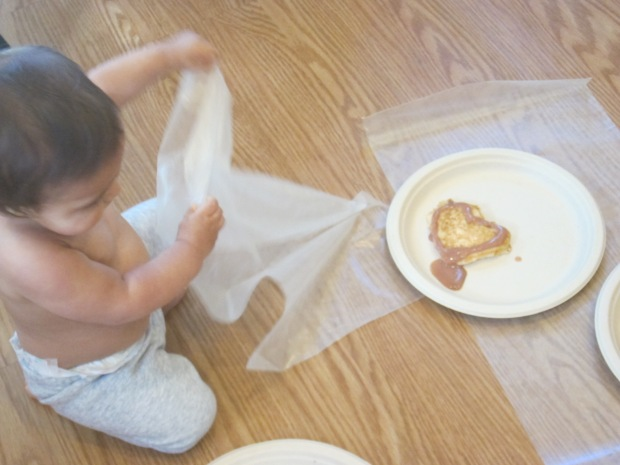 Decorating Pancakes (12)