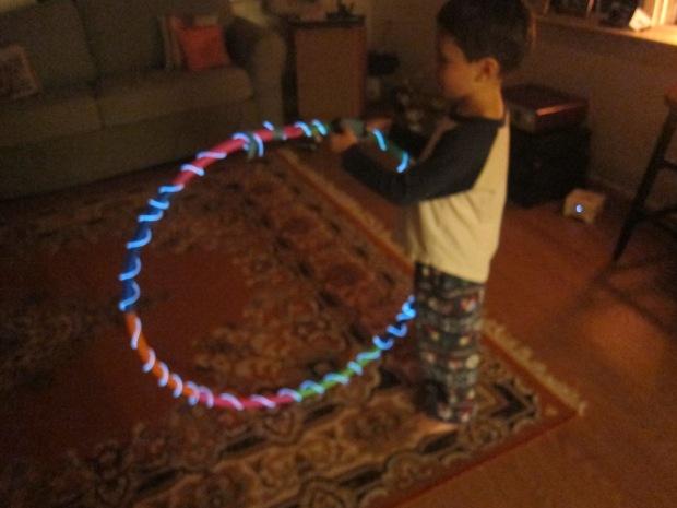 Glowing Hula Hoop (5)