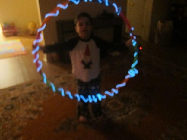 Glowing Hula Hoop (6)