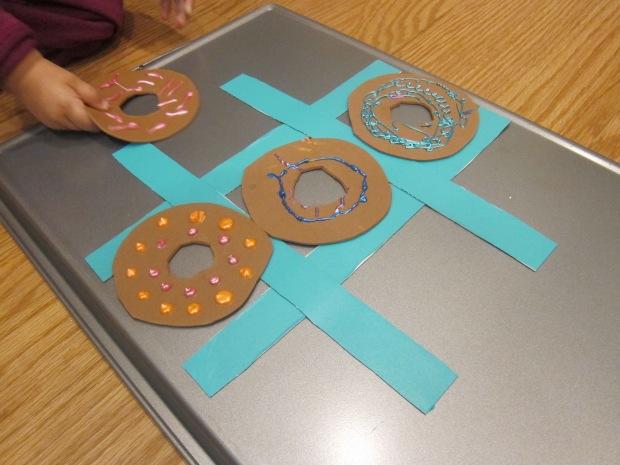 Tic Tac Donut (9)