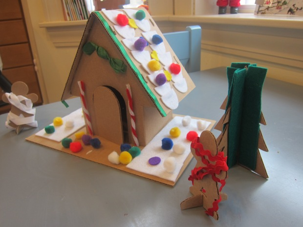 GIngerbread House (10)
