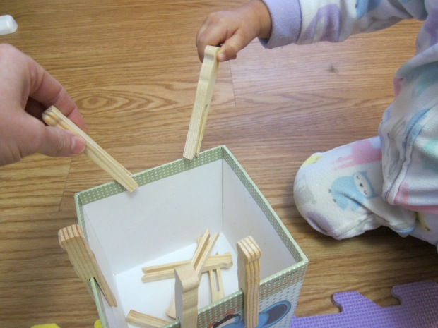 Clothespin Box (3)