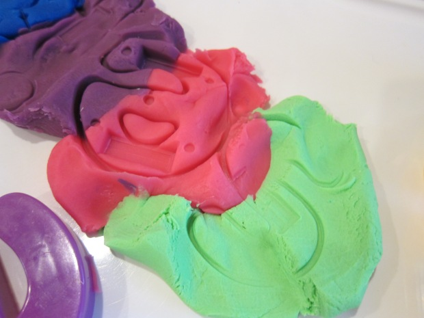 Magnet Playdough (3)