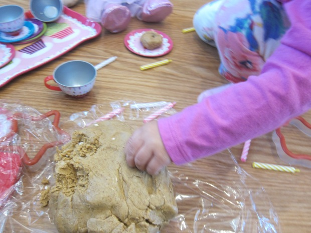 Tea Party Dough (4)