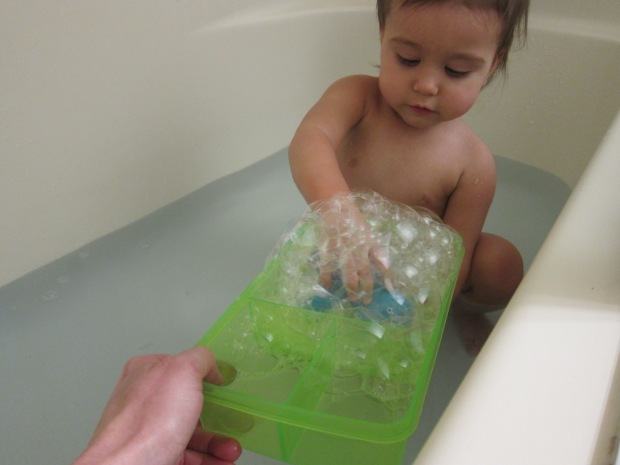 Dish Soap Bubble Bath (4)