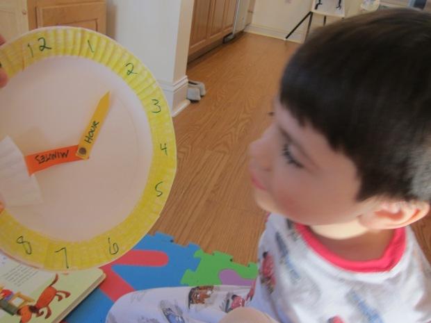Paper Plate Clock (7)