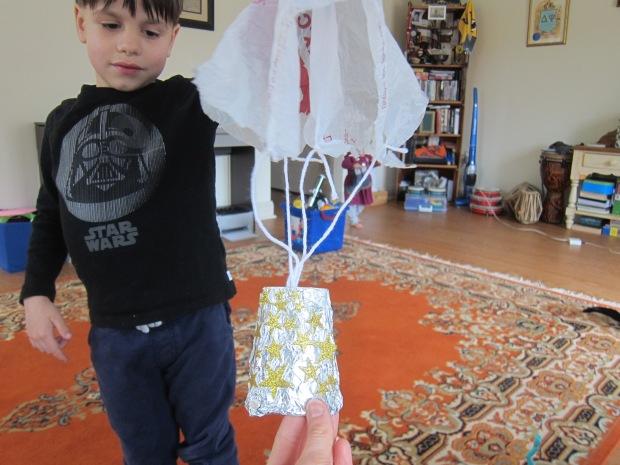Space Parachute (5)