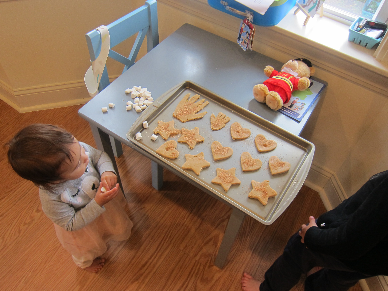Handprint Cookies (6)
