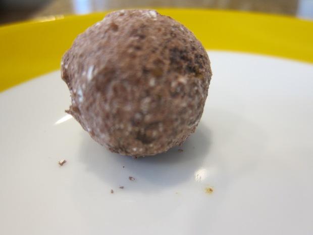 PIstachio Date Truffles (2)