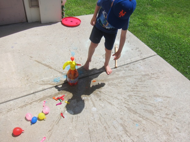 Water Balloon Toss (12)