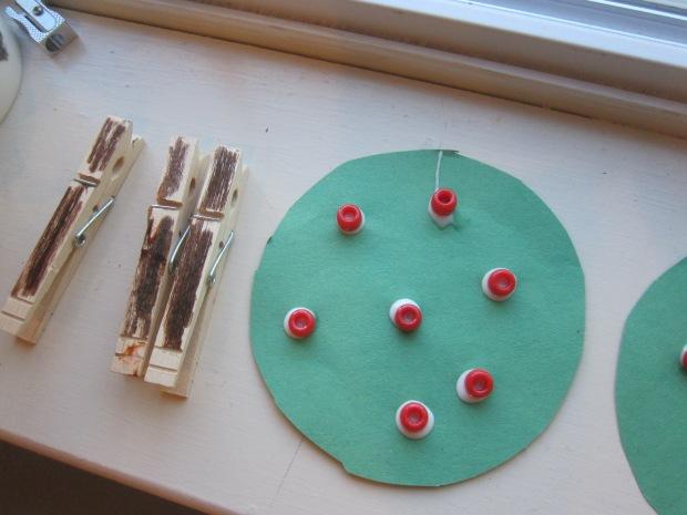 Clothespin Apple Tree (7)