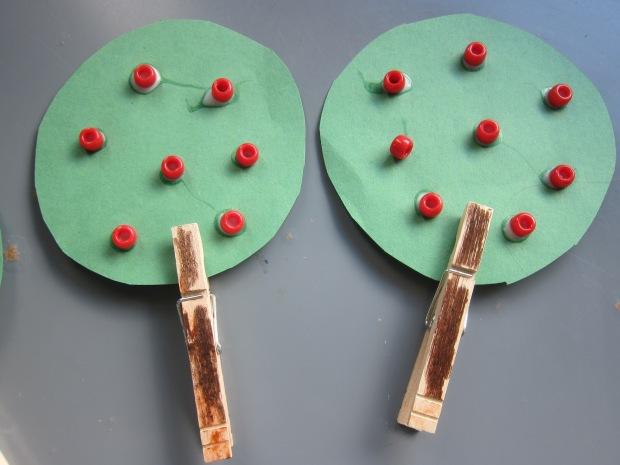 Clothespin Apple Tree (9)