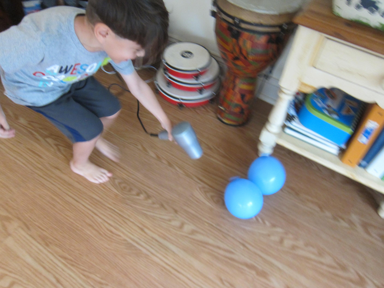 Flying Balloon (1)