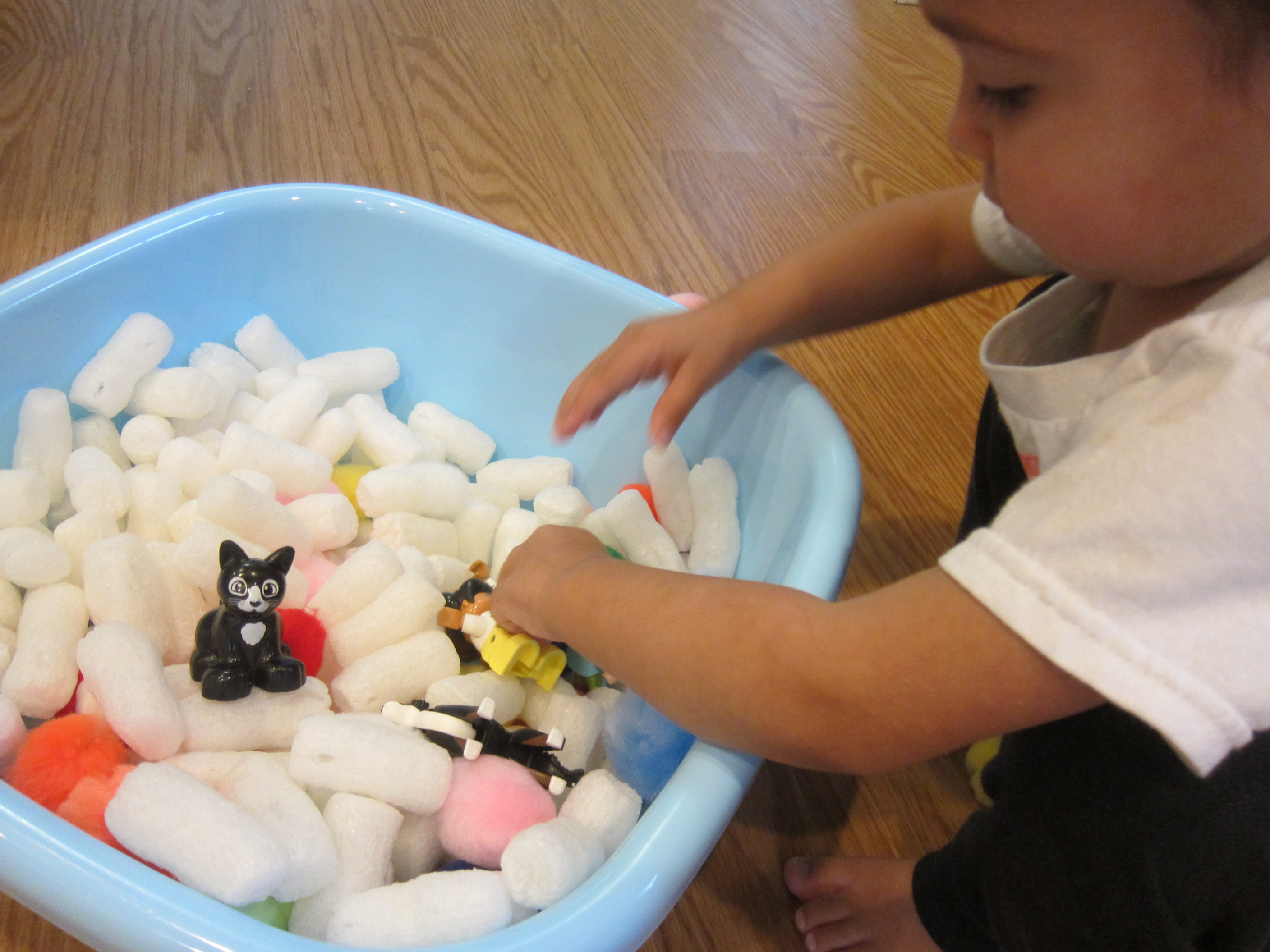 Packing Peanut Sandbox (11)