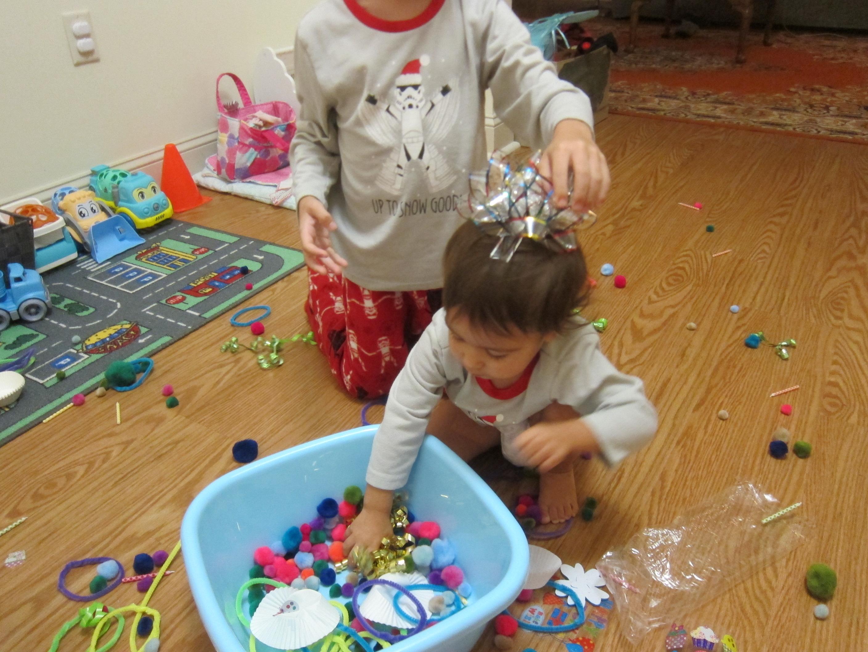 Birthday Sensory Bin (7)