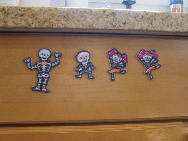 Halloween 1 Decorate Kitchen (4)