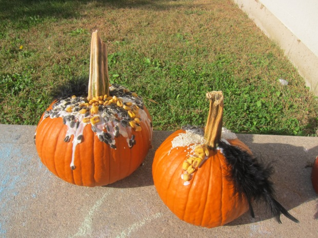Sensory Pumpkin Decorating (10)