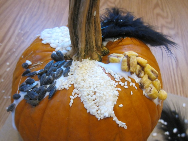 Sensory Pumpkin Decorating (4)