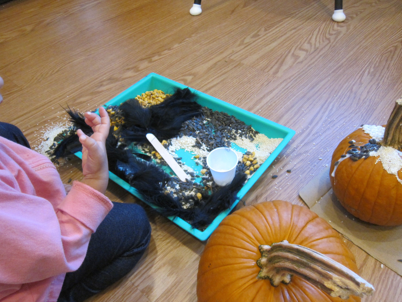 Sensory Pumpkin Decorating (5)