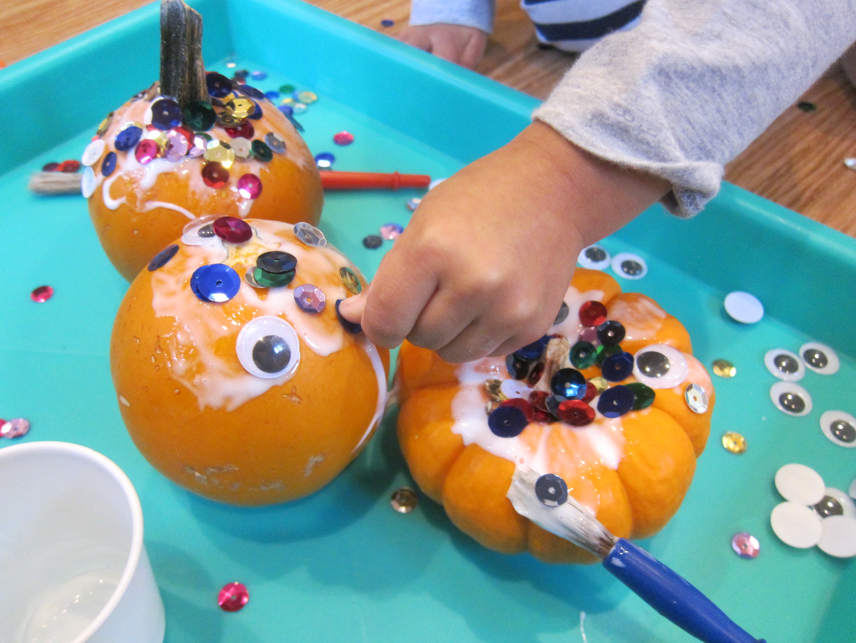Sparkly Googly Pumpkins (4)