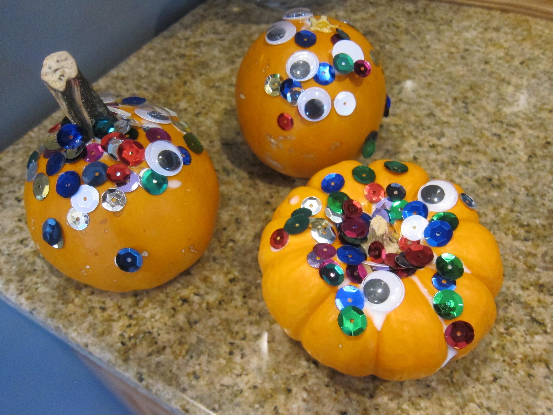 Sparkly Googly Pumpkins (8)