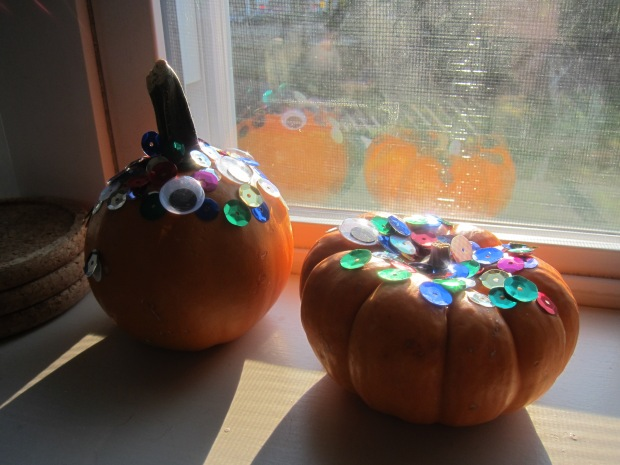 Sparkly Googly Pumpkins (9)