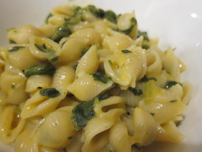 mac n cheese spinach