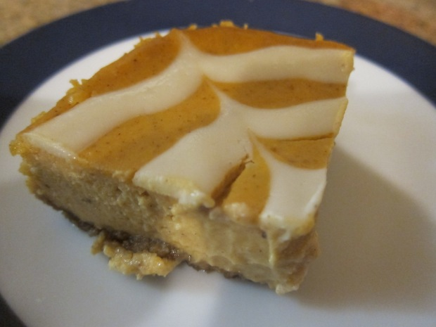Pumpkin Cheesecake Bars alt