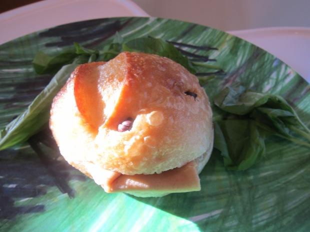 Bread Roll Puppet (3)