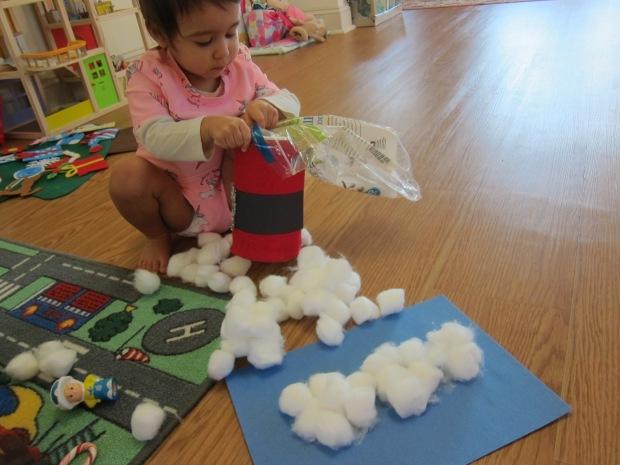 Cotton Ball Snowman Craft (4)