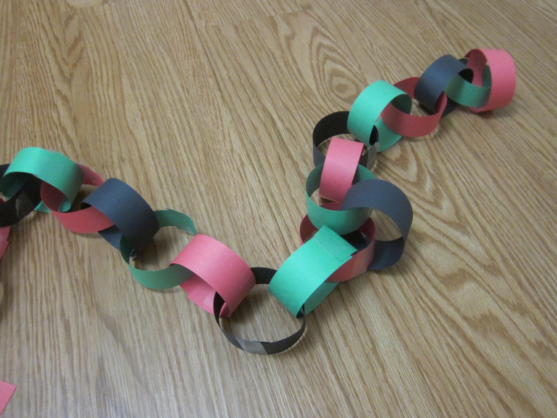 Kwanzaa Chain (6)